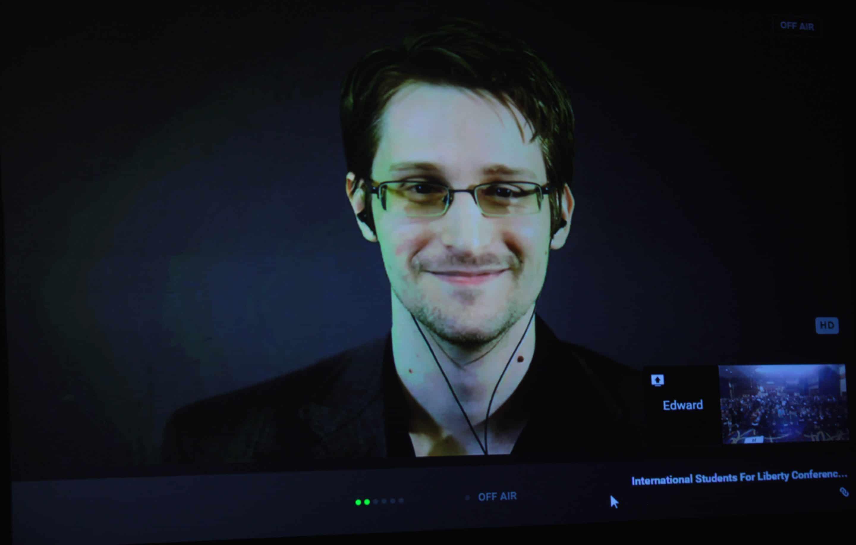 Pourquoi la France doit accueillir Snowden