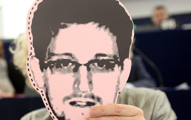Surveillance de masse : l'État lui-même n'applique pas le droit