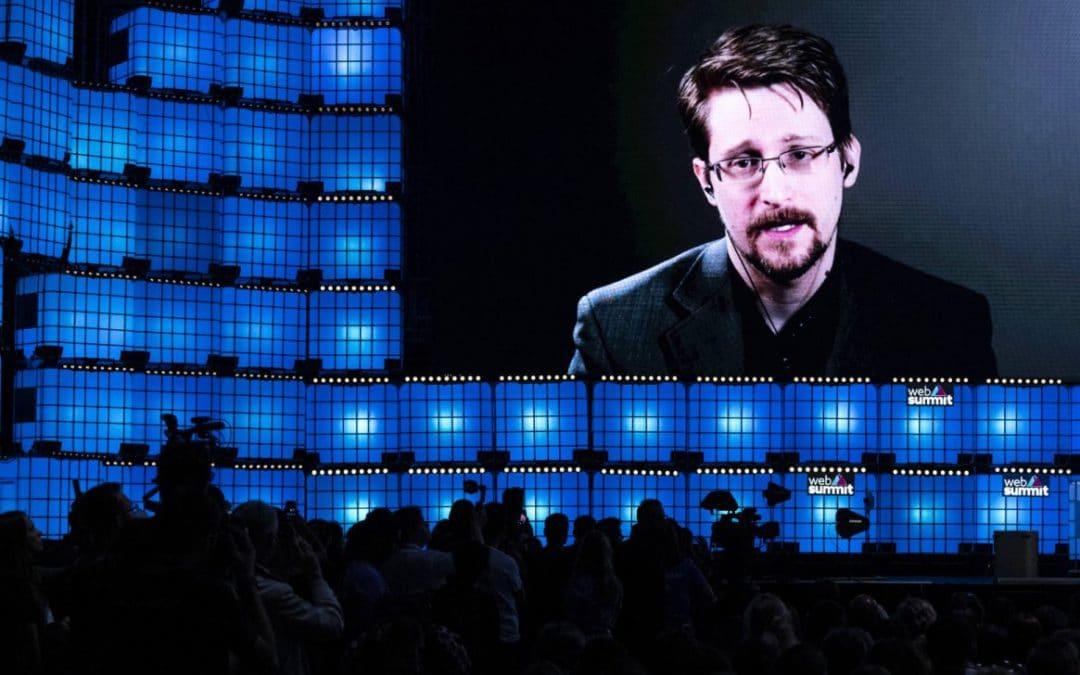 La France devrait accorder l'asile politique à Edward Snowden